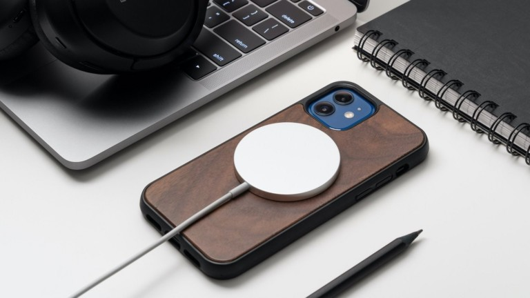 Oakywood Wooden MagSafe iPhone 12 Case features built-in magnets compatible with MagSafe