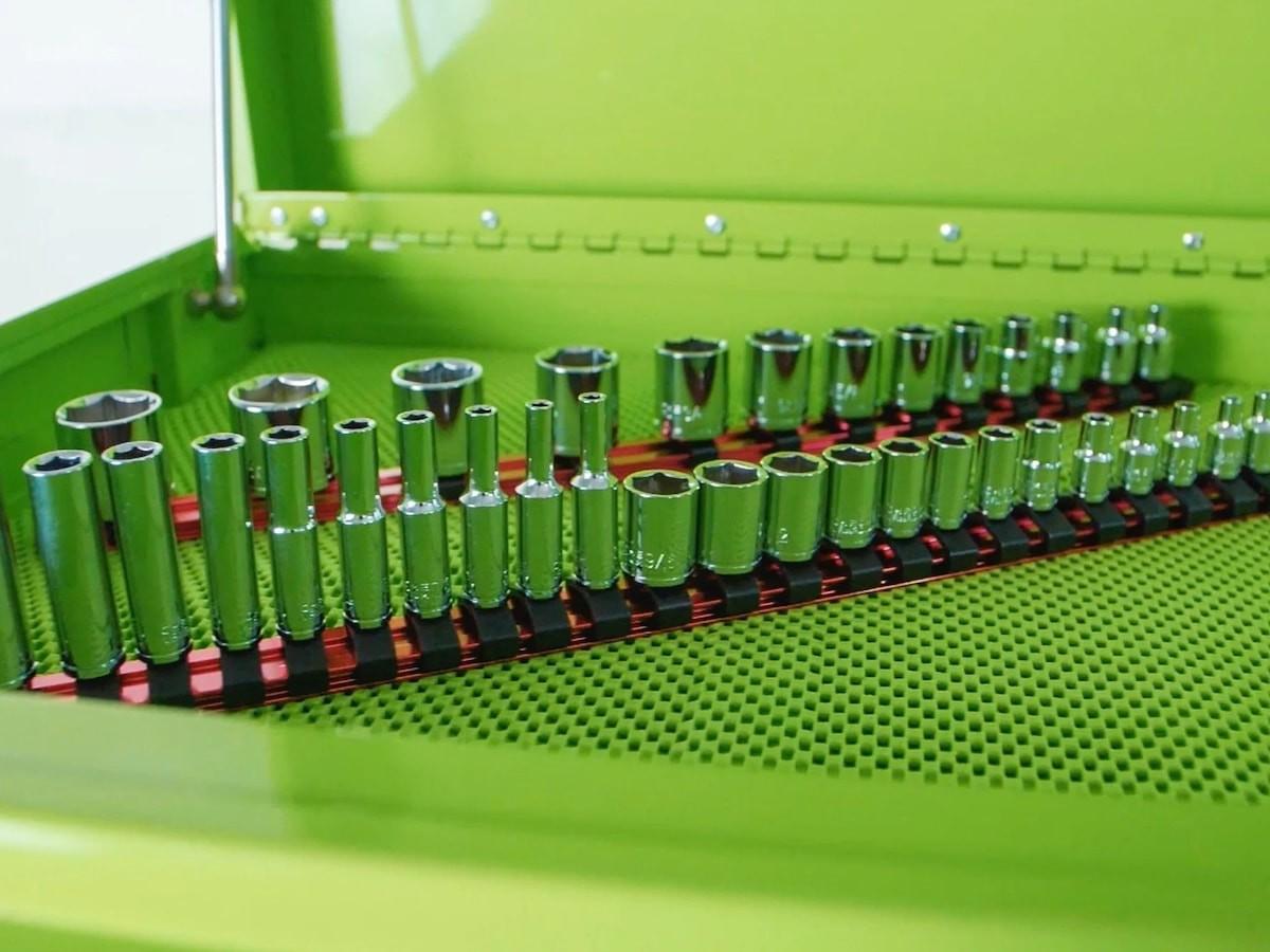 Olsa Tools Aluminum Socket Organizers with Rubber End Caps sort your drive sockets