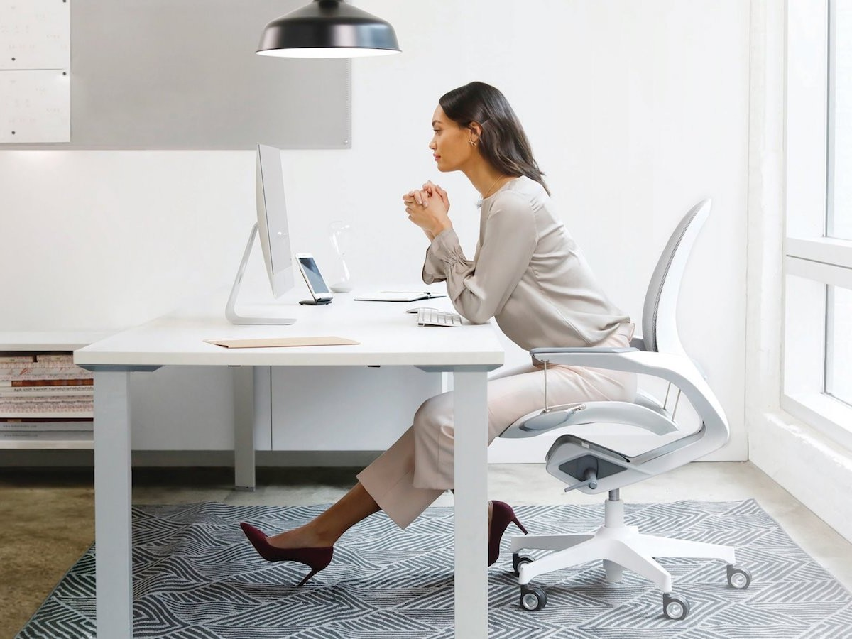 Trendway Elea kinetic office chair has an aesthetic design that moves with your body