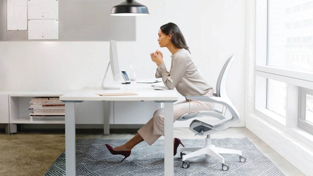 Which office chair should you buy for your workspace—kinetic structure, modular design, and more Trendway Elea kinetic office chair