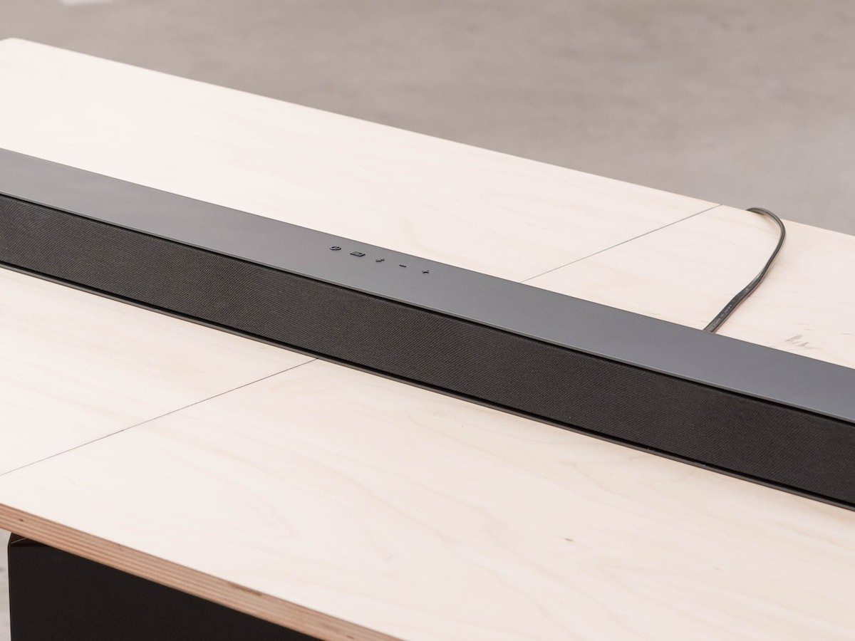 """VIZIO M-Series M51a-H6 home theater soundbar has built-in dual 3"""" subwoofers & Dolby Atmos"""