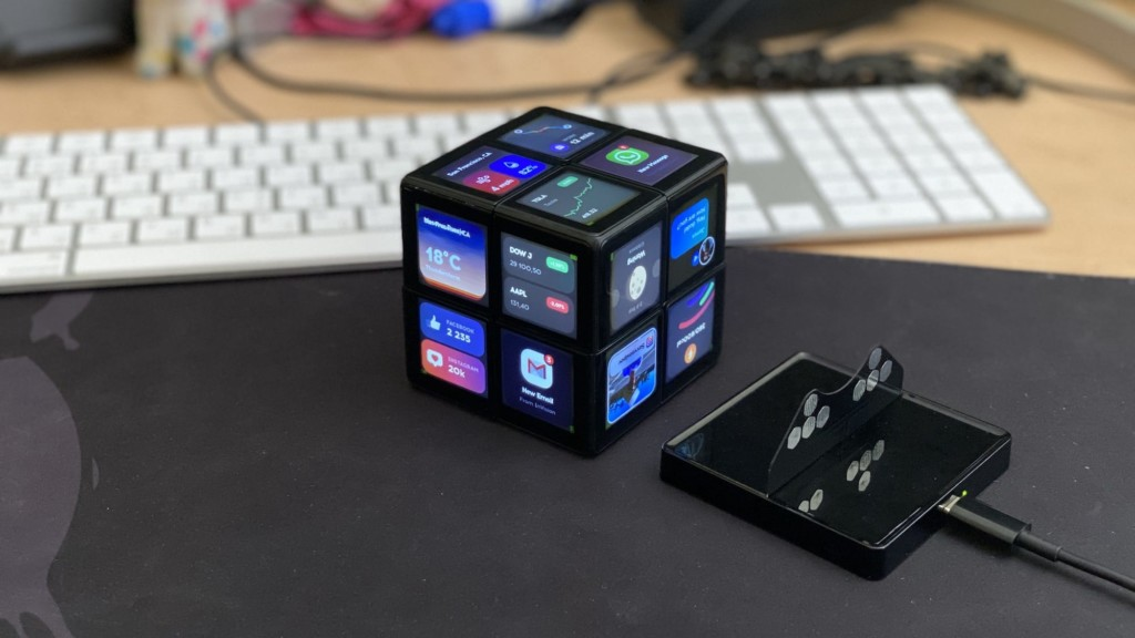 10 Futuristic high-tech gadgets we look forward to in 2021 WOWCube System handheld game