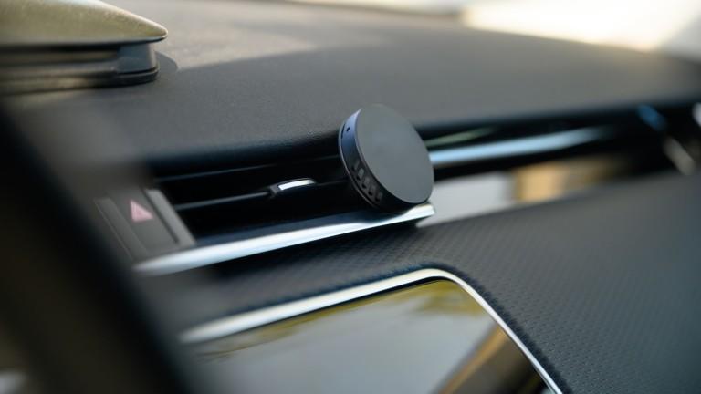 drift rove vent freshener uses designer-grade, chemical-free, essential oil blended scents