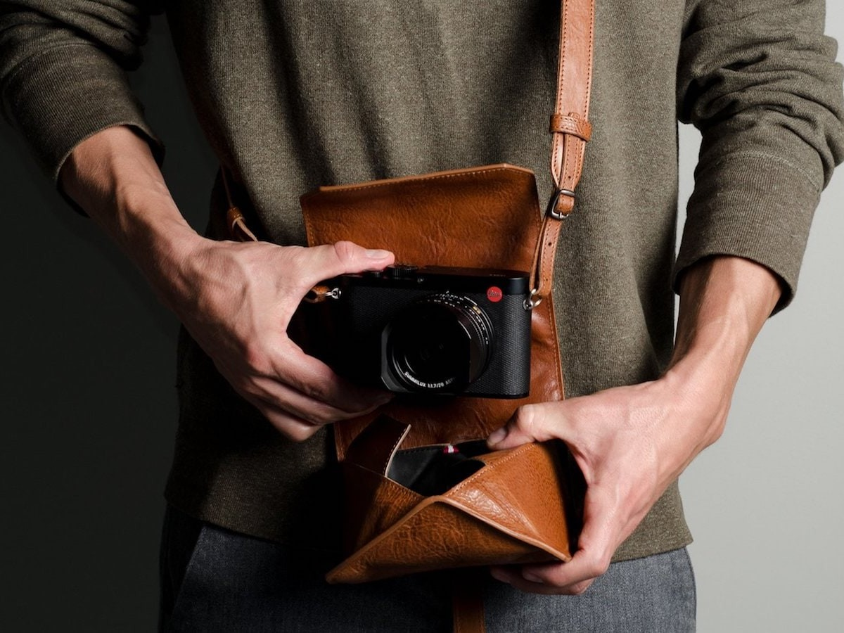hardgraft Pop Up Camera Case folds flat when you aren't using it for camera storage