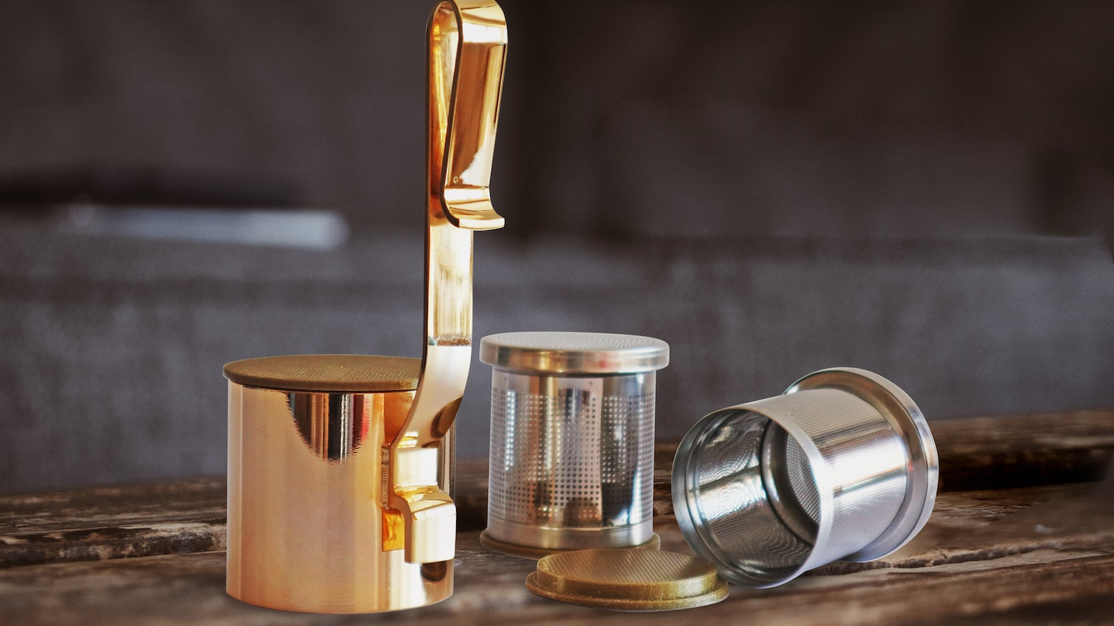 infusinGo tea and coffee brewer is easy to use anywhere and controls your tea's strength