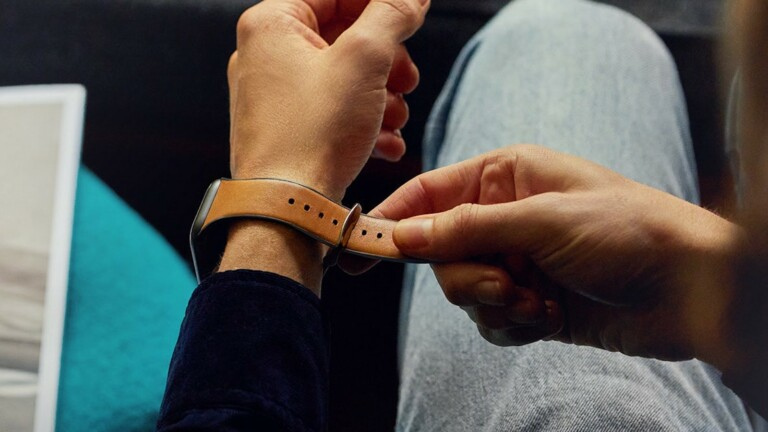Bellroy Watch Strap for Apple Watch pairs leather with durable polymer for performance
