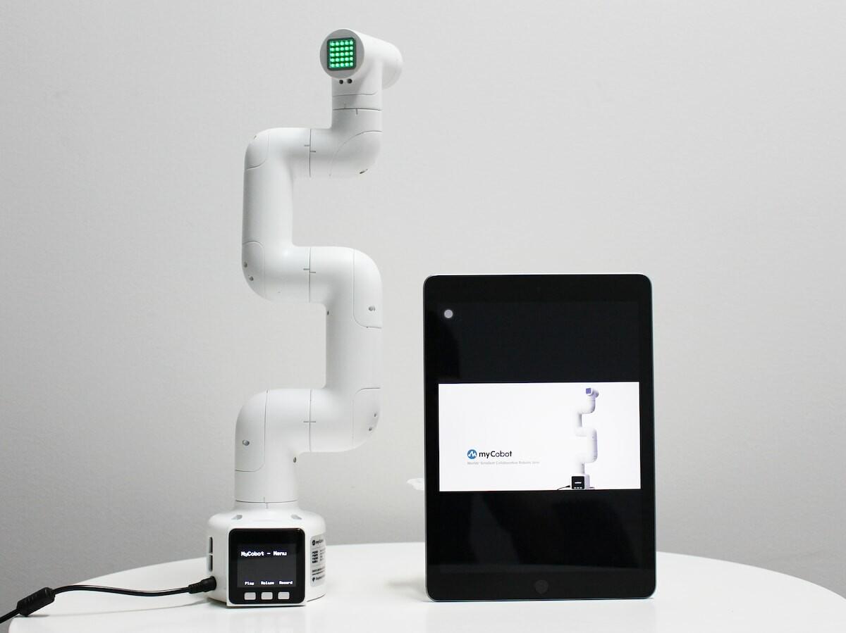 Cloud robotics