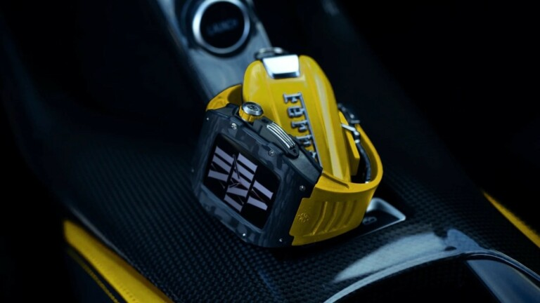 Golden Concept RSC44 active Apple Watch case uses strong titanium and carbon fiber