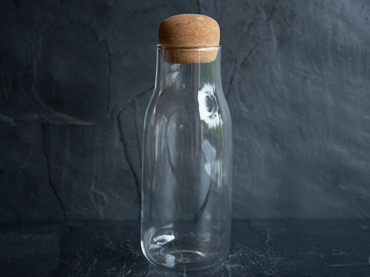 KINTO BOTTLIT Canister food and drink container boasts heat-resistant clear glass