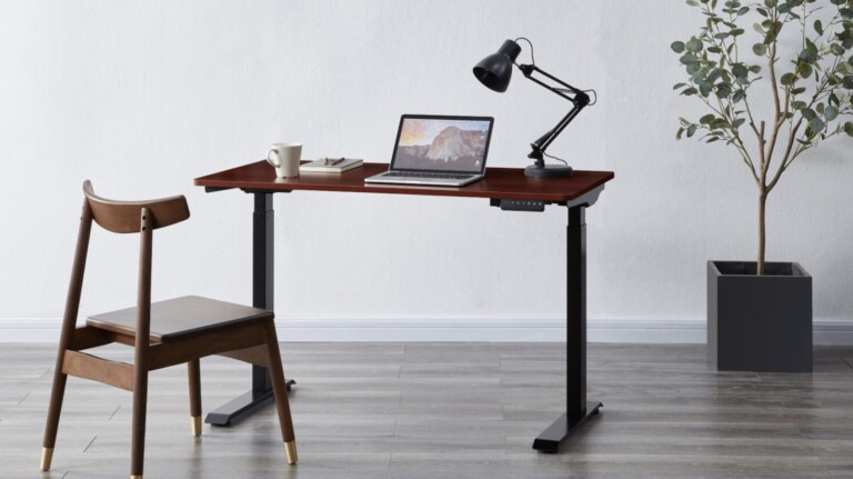 KOBLE Designs Apollo 2.0 smart height adjustable desk has electric height adjustment