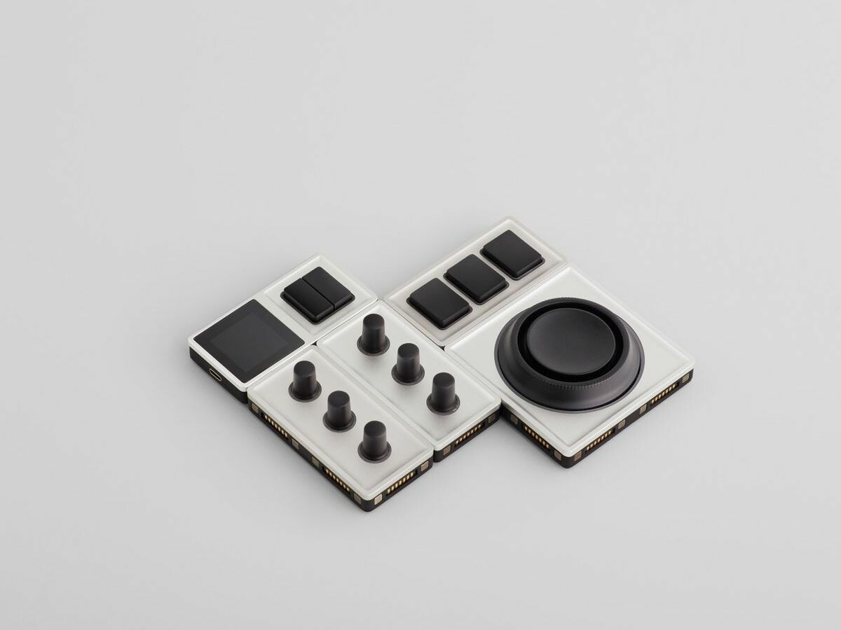 Monogram Studio Console photo editing controller has built-in navigation buttons for ease
