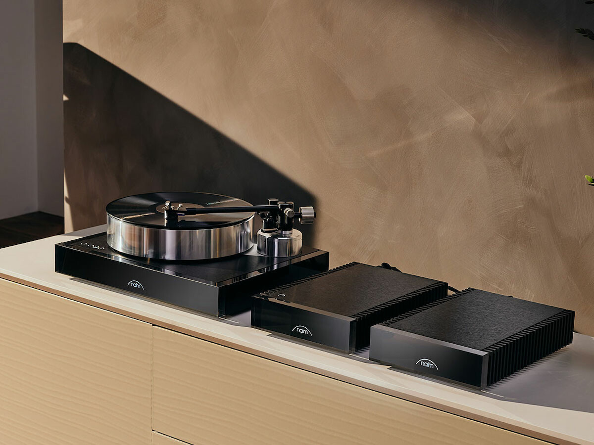 Naim Audio Solstice special edition turntable set has an updated Aro tonearm and more