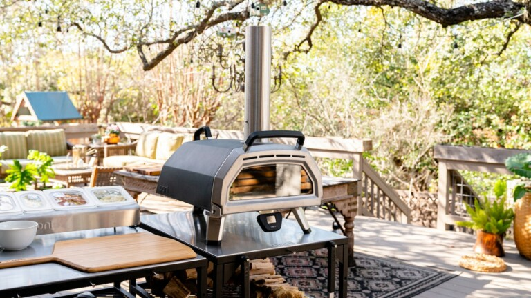 Ooni Karu 16 multifuel pizza oven works with wood, charcoal, and gas for versatility