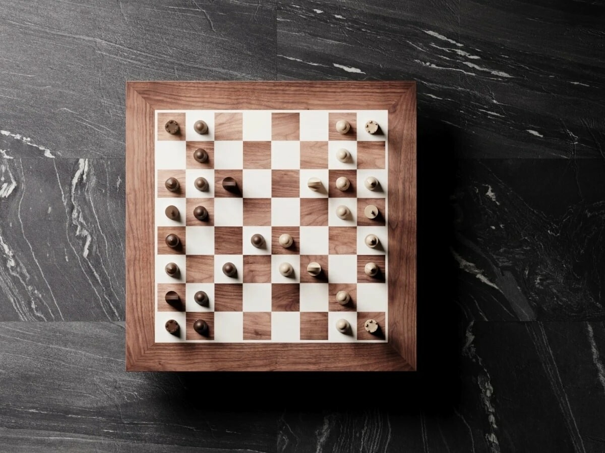 PHANTOM wooden robotic chessboard combines craftsmanship with an online game experience