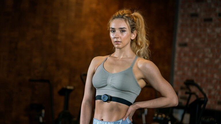 SPOTU advanced fitness wearable lets you set goals and coaches you to reach them