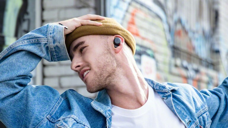 Sony WF-XB700 truly wireless headphones have Bluetooth and EXTRA BASS technology
