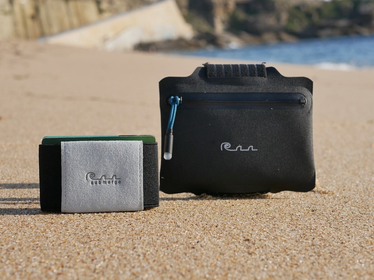 Submerge wearable waterproof wallet has a completely submersible and secure design