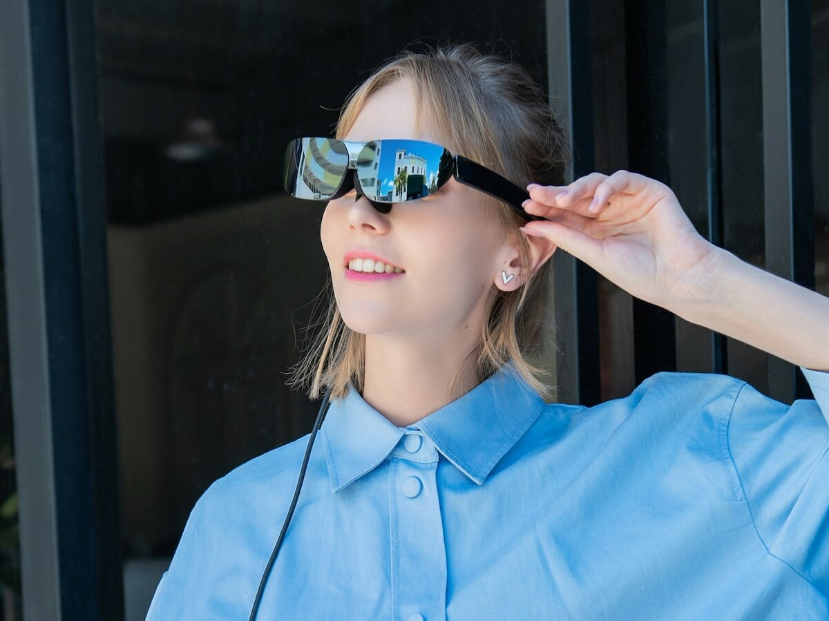 TCL NXTWEAR G wearable display glasses feature 1080p HD Sony FHD Micro OLED panels