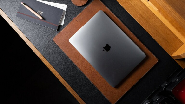 hardgraft Rest Station Large desk mat uses felted wool and rich leather for a classic look