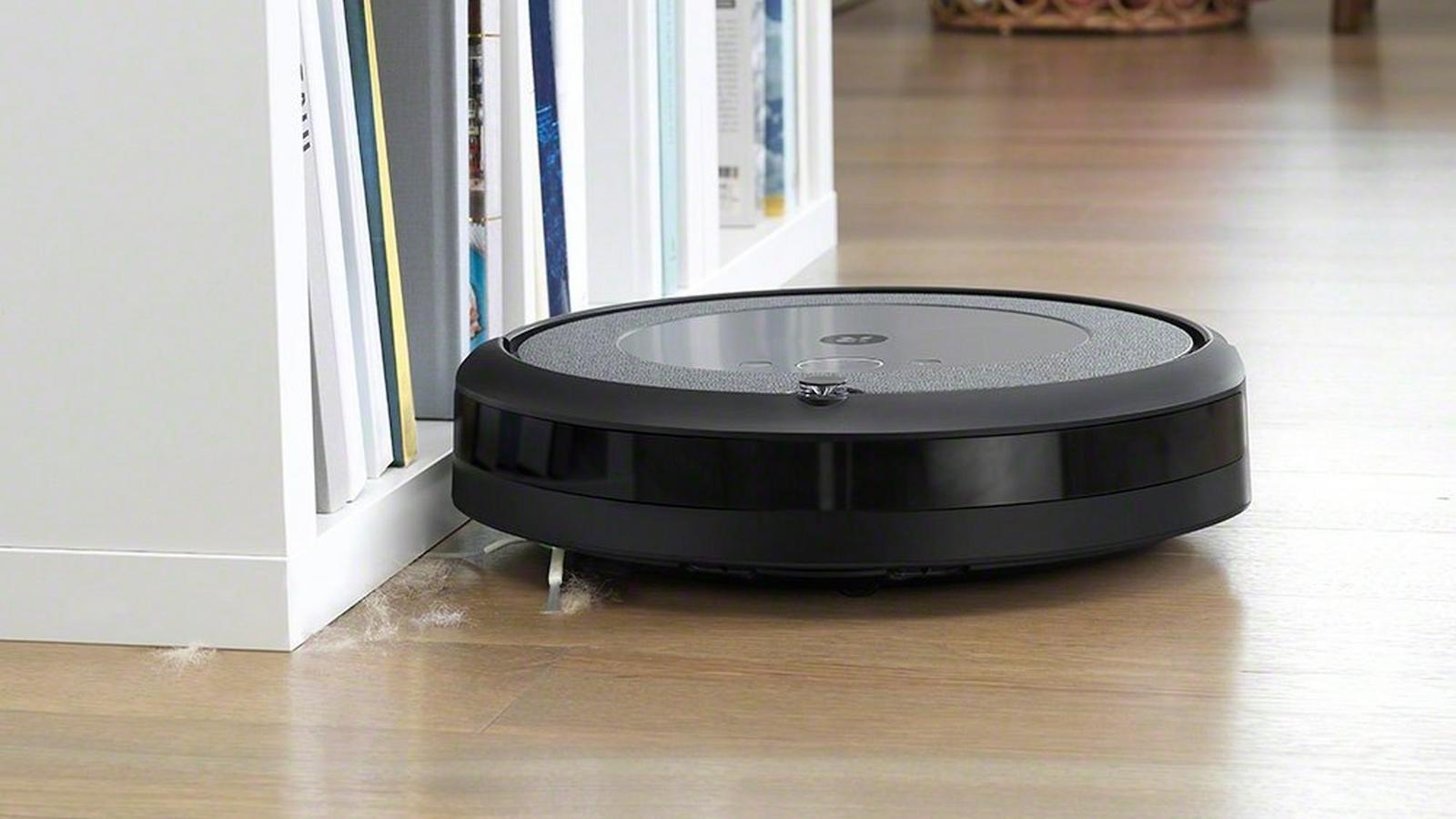 iRobot Roomba i3 powerful robot vacuum uses state-of-the-art tracking sensors to navigate