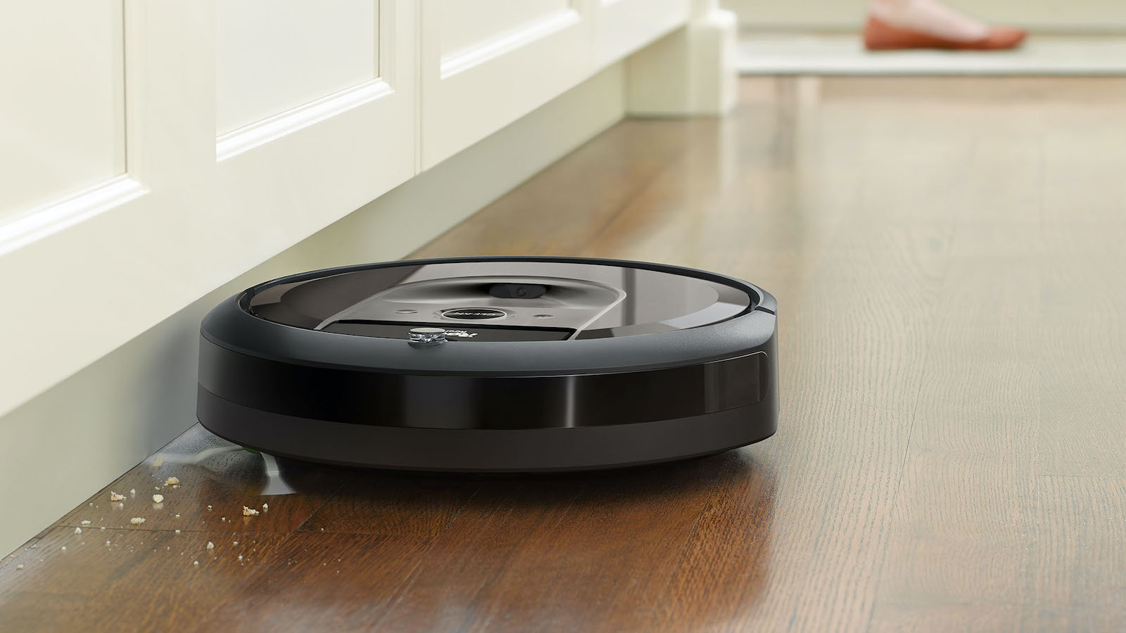 iRobot Roomba i7 smart Wi-Fi robot vacuum has a powerful premium 3-stage cleaning system