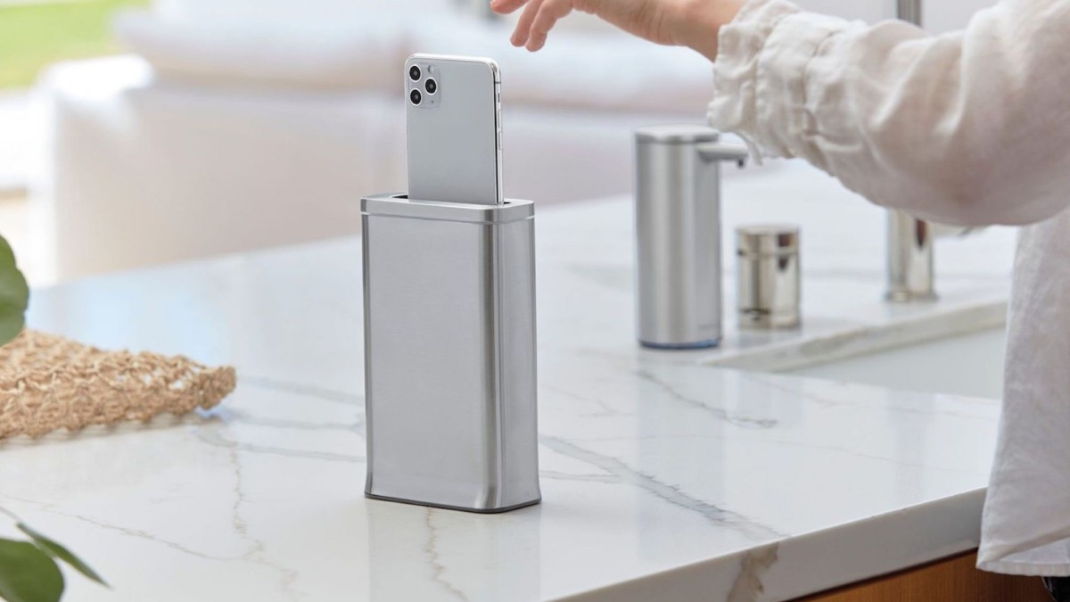 This useful smartphone disinfecting device destroys 99.9% of germs in 30 seconds