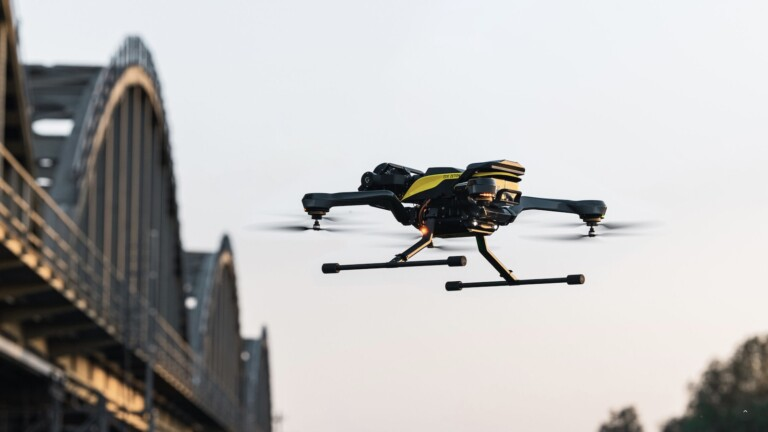 Acecore Technologies Zoe Zetona commercial drone can carry the Sony a7R IV for 25 minutes