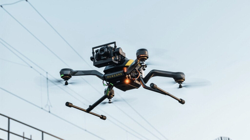 Acecore Tech's Zoe Zetona drone carries 3.5 lb payloads for 26 minutes