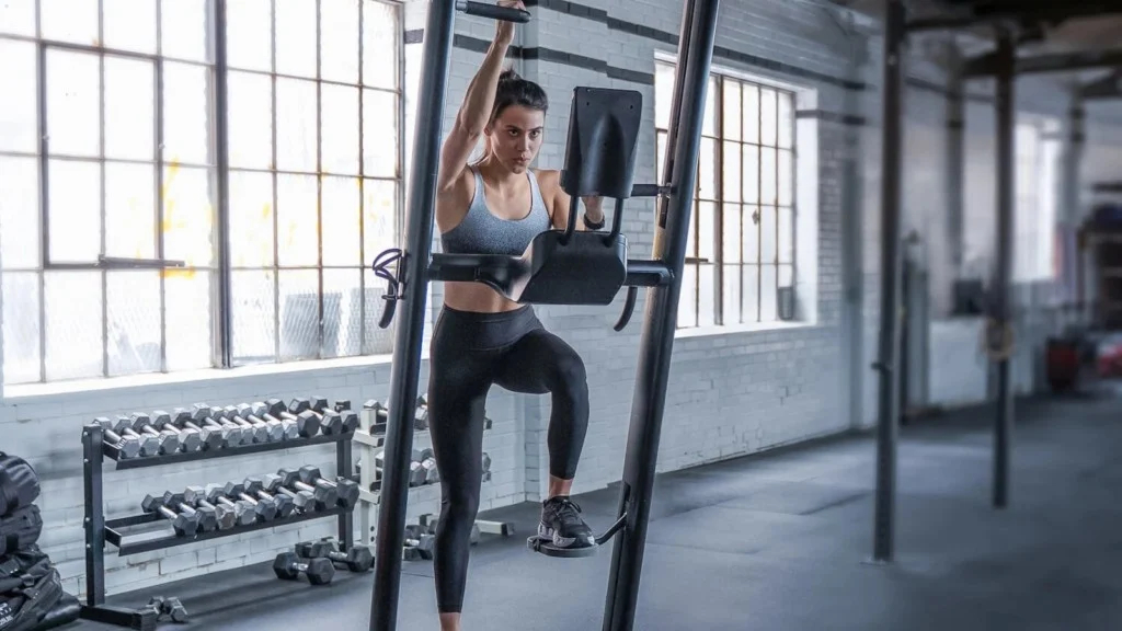 CLMBR Pure smart workout machine helps you burn more calories than running