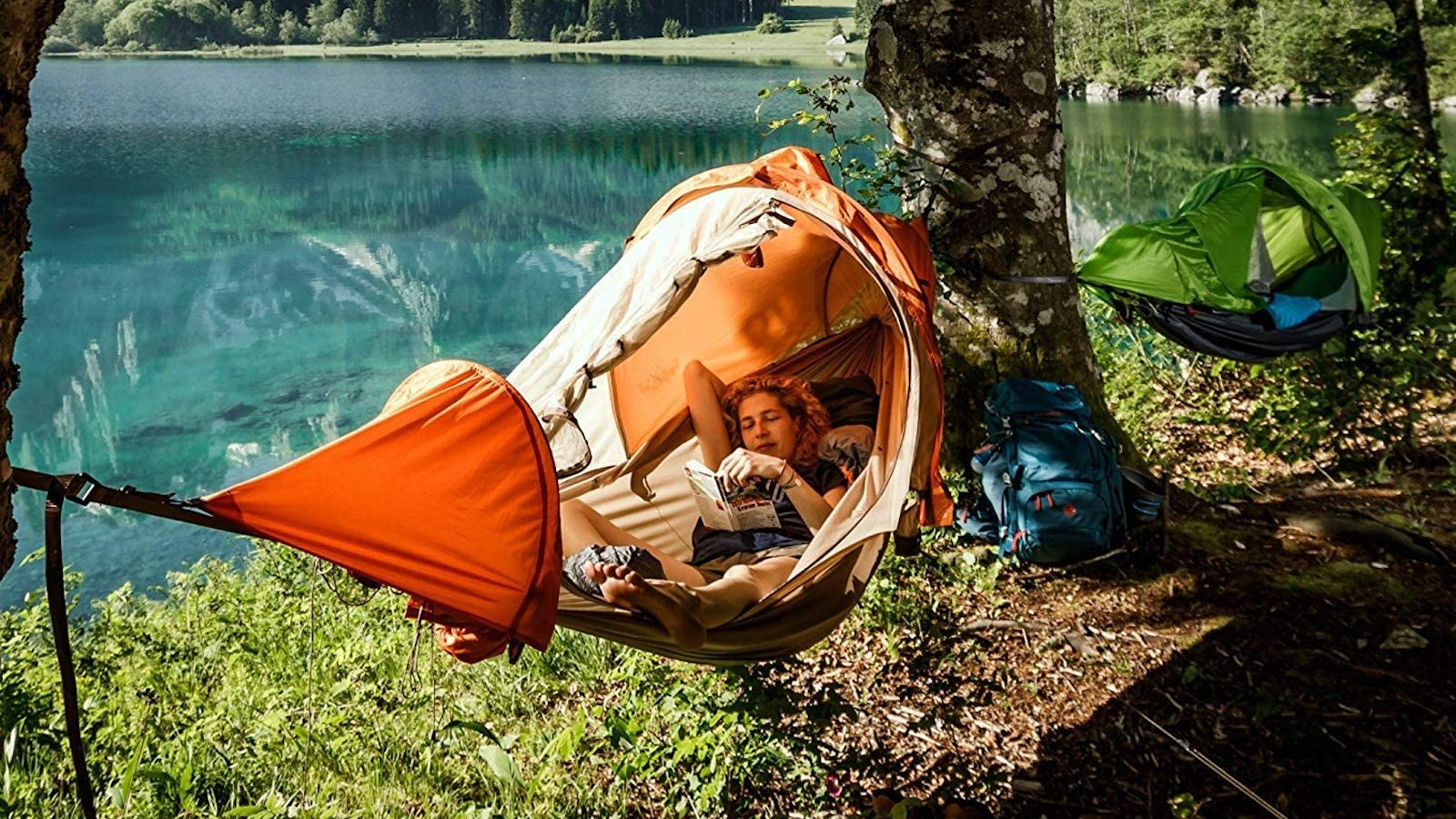 Campfire-Outdoors-flying-tent-01.jpg