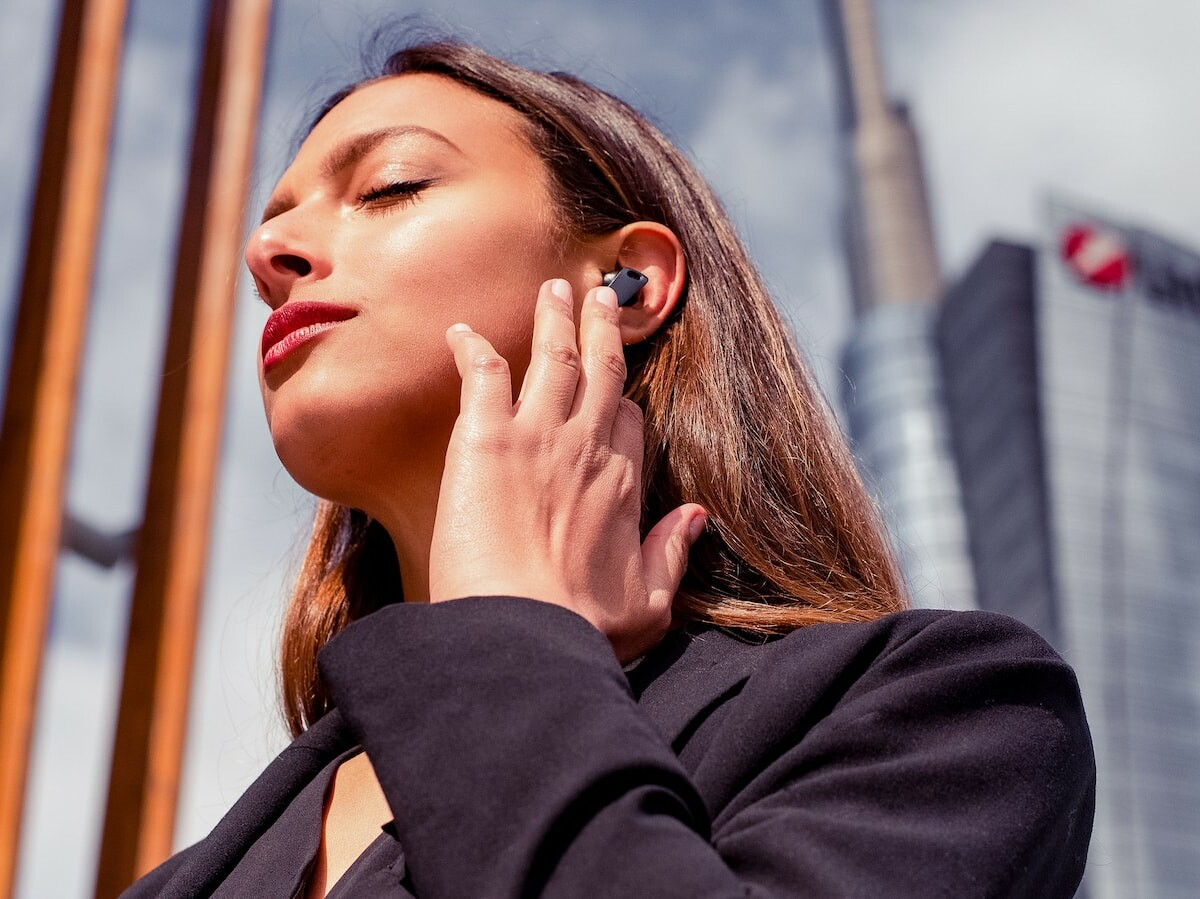 Edifier NeoBuds Pro hi-res earbuds feature 6 microphones for crystal-clear voice calls