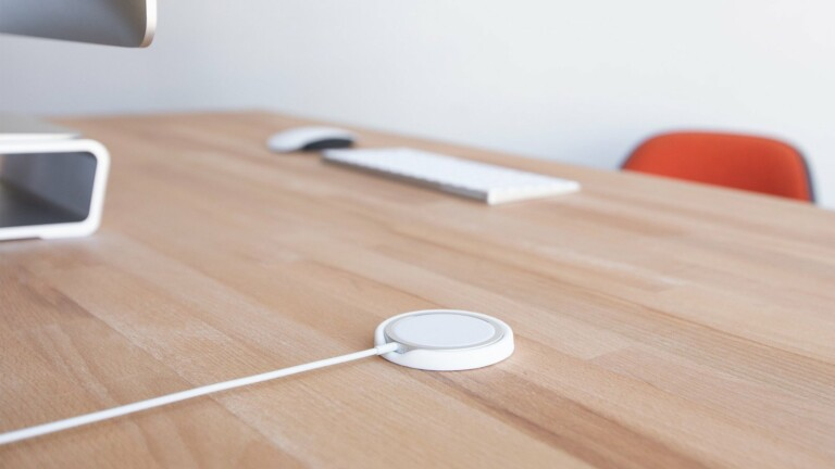 ElevationLab MagBase for Apple MagSafe Charger lets you disconnect with one hand