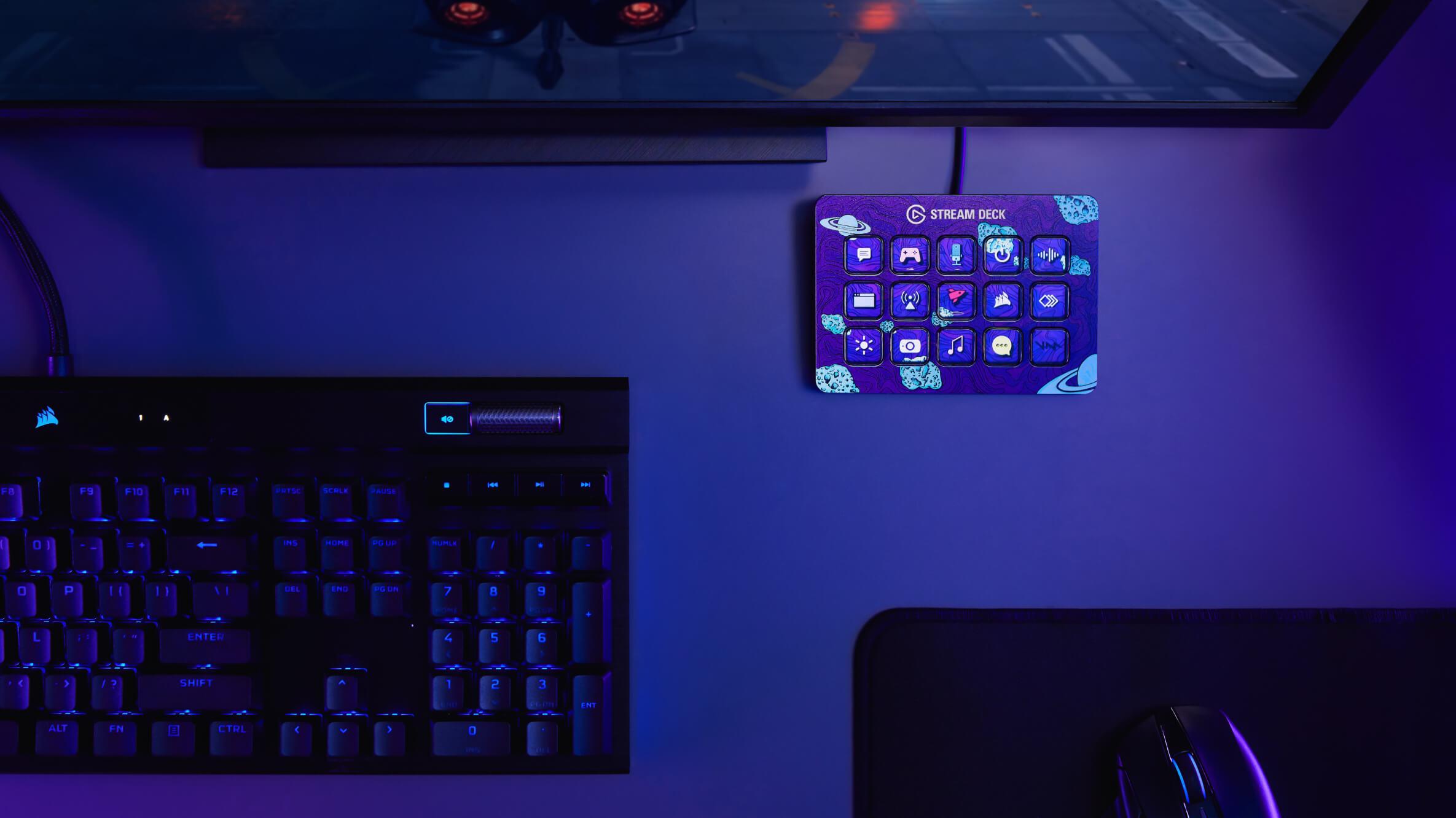 Elgato Stream Deck MK.2 interface has 15 customizable LCD keys, faceplates, and FX