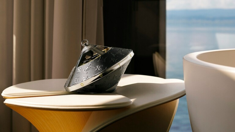 Louis Vuitton Horizon Light Up Speaker provides up to 360 degrees of directional sound