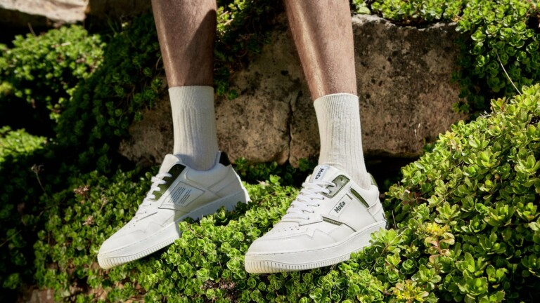 MoEa vegan bio-sneakers are made from recycled fruits and plants such as apples and grapes