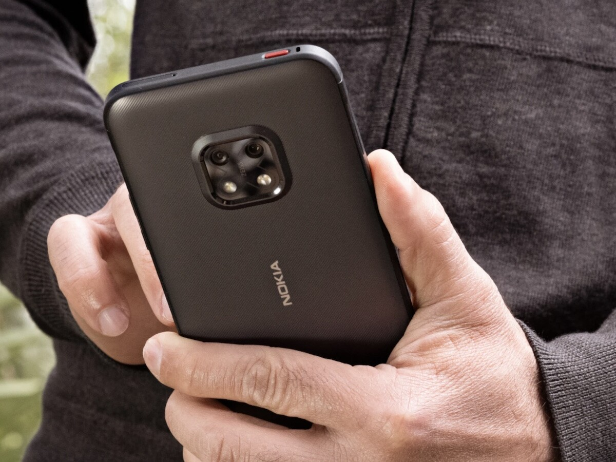 Nokia XR20 rugged smartphone has a Corning Gorilla Glass Victus screen for durability