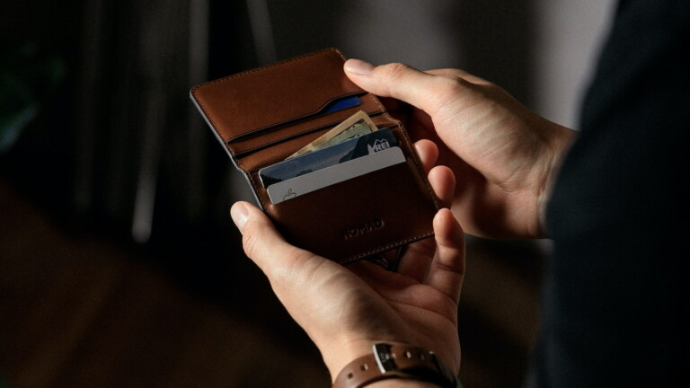 Nomad Card Wallet Plus has thermoformed leather, providing plenty of space for your cards