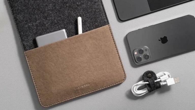 Oakywood Felt iPad Sleeve Case is handmade and protects your tablet with merino wool felt
