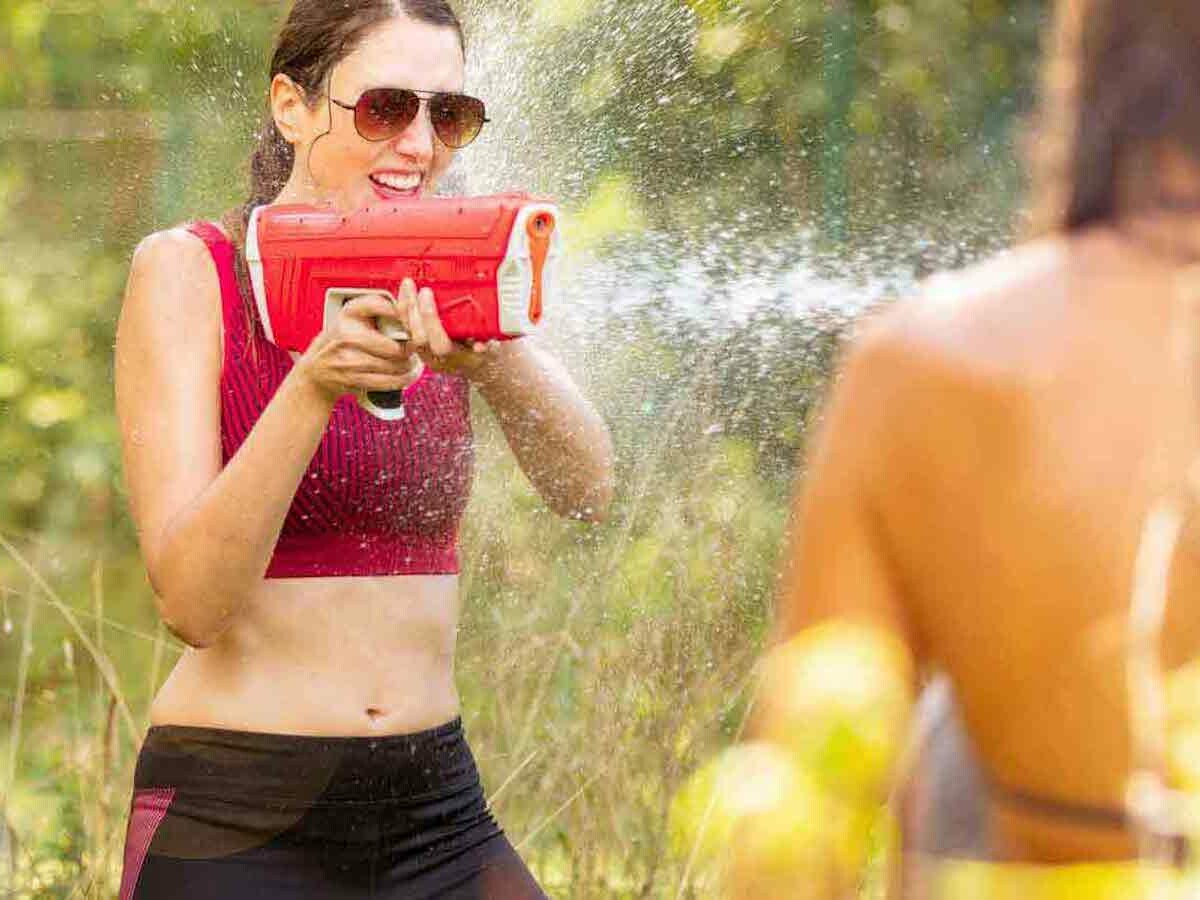 SpyraTwo water gun provides 22 semi-automatic water blasts with a 30-foot range per charge