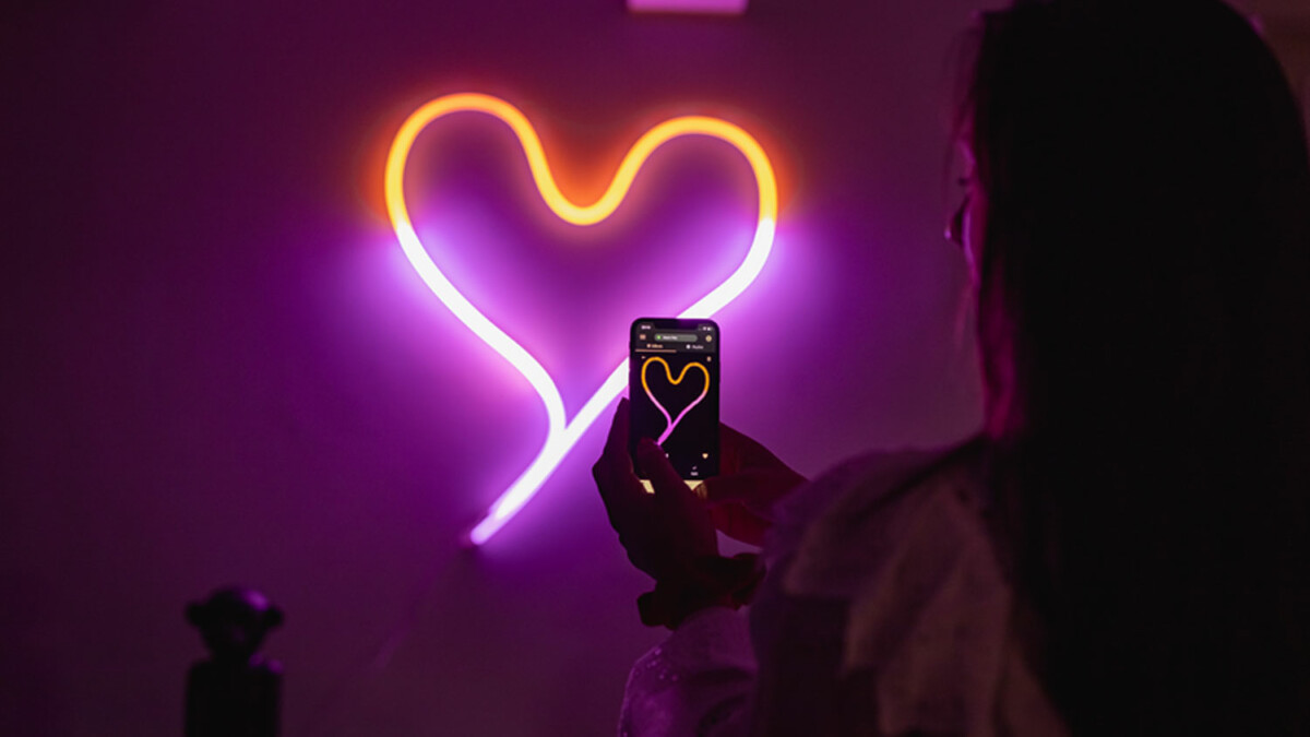 Neon LED tube lighting that you can shape into anything–meet Twinkly Flex