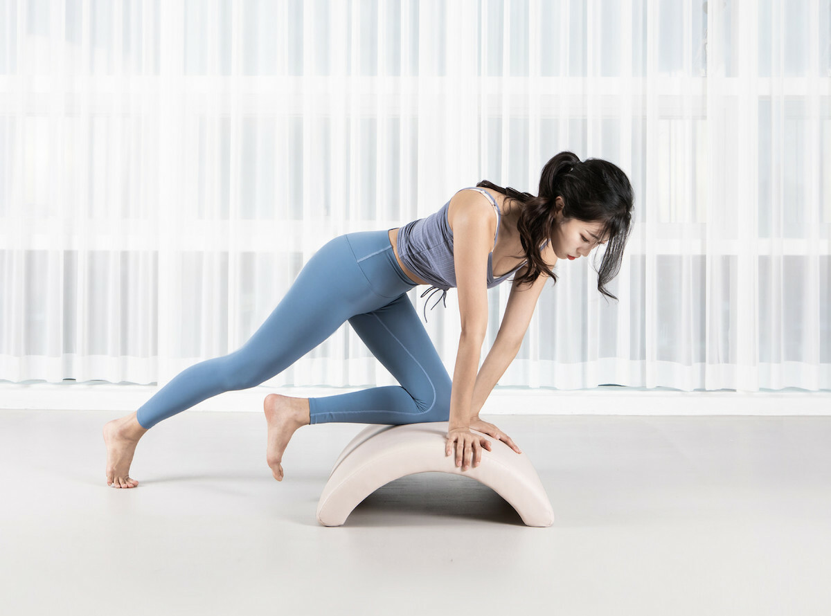 .fonv Arc Professional pilates arc improves your posture as well as relieves soreness