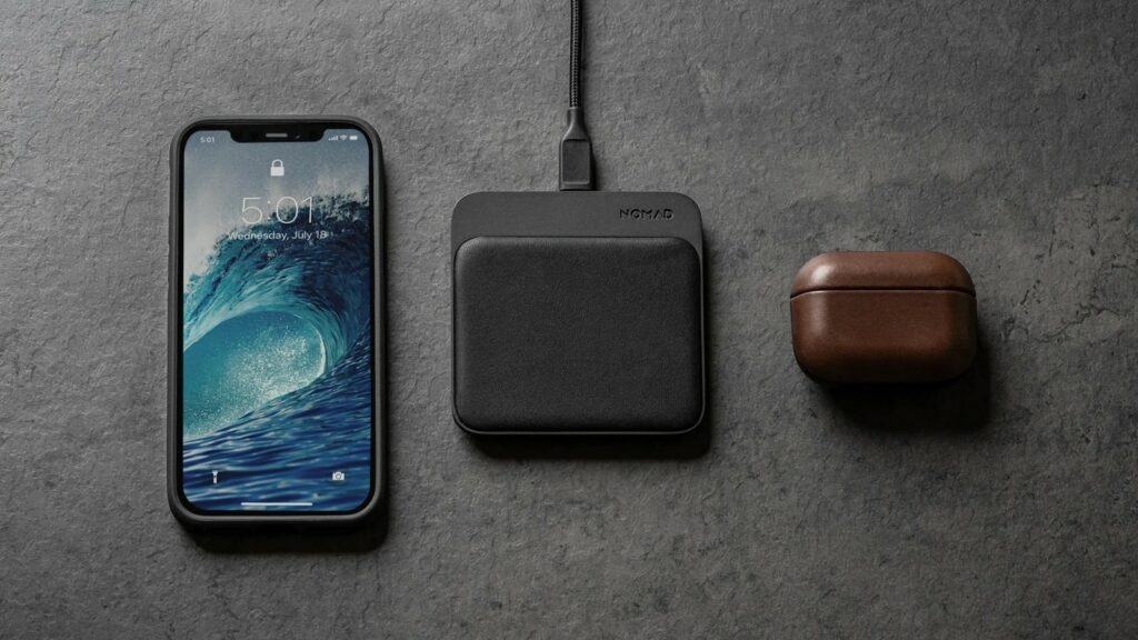 Most convenient iPhone 12 gadgets you can use on the go