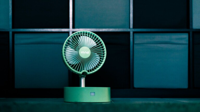 inno portable, stylish fan has a foldable design, built-in diffuser, and long battery life