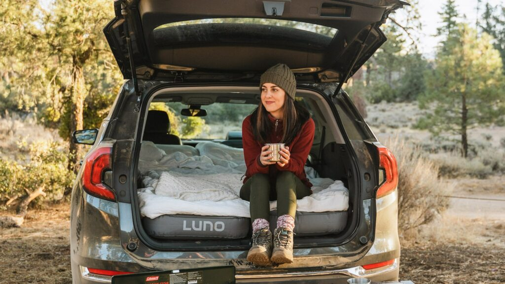 Must-have car gadgets and accessories for road trips