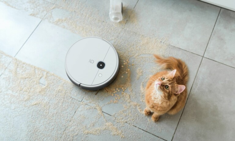 This high-tech robot vacuum series delivers powerful floor cleaning for busy people