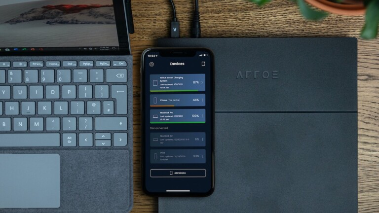 ARROE Smart Charging System extends your devices' lifespans with its optimized charging