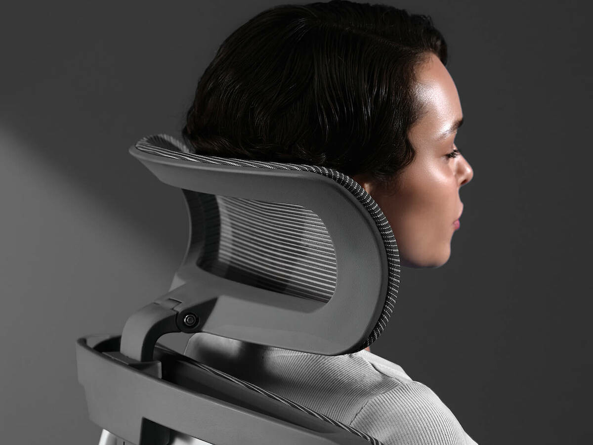 Autonomous ErgoChair Pro comfortable office chair supports your lumbar and fully adjusts
