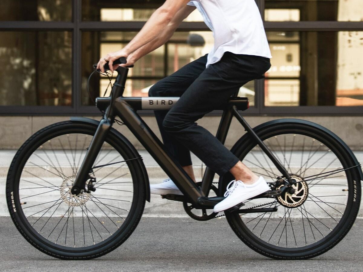 Bird Bike A-Frame & V-Frame high-performance eBikes boast a 500 W motor for a smooth ride