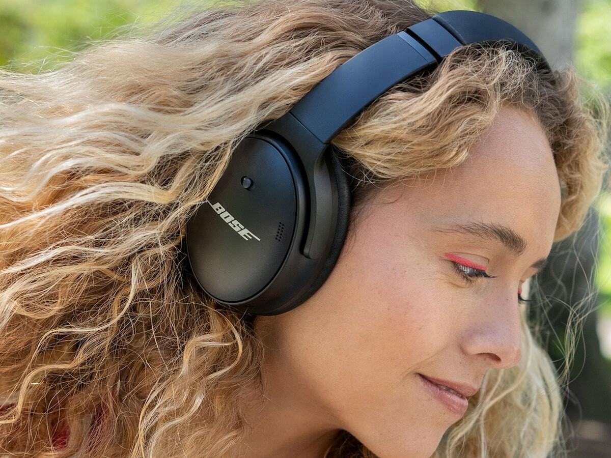 Bose QuietComfort 45 noise-canceling headphones offer 2 listening modes & voice isolation
