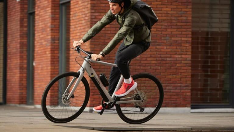 "Canyon Roadlite:ON agile eBike series has smooth handling and a fitness <em class=""algolia-search-highlight"">bike</em> feel"